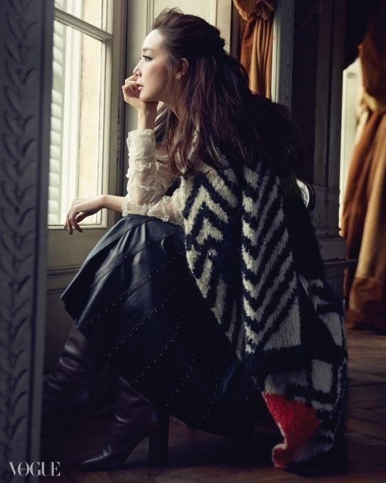 A Fairy Lady: Choi Ji-woo in Valentino for Vogue Korea November 2014 - VOGUE.co.kr