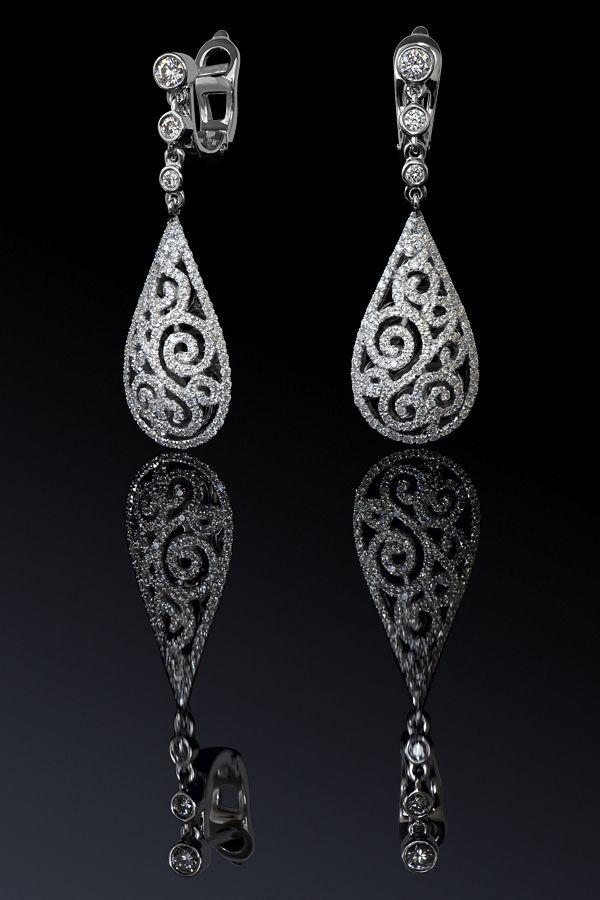 Ювелирный постер. Diamond Jewelry. Фотосъемка ювелирных изделий с бриллиантами. Jewellery Photography
