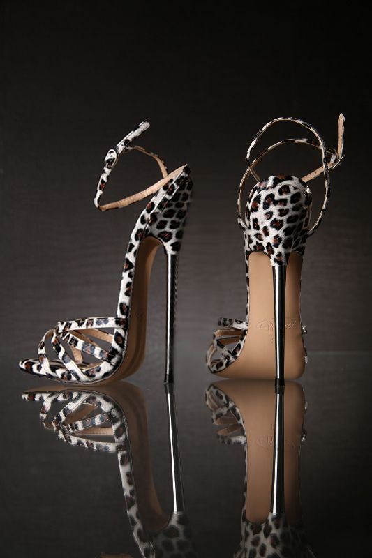 FETISH STILETTO METAL HIGH HEELS OMG OMG,I WANT THESE HEELS SO MUCH.