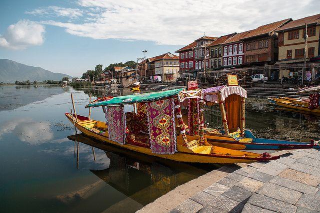 India - Shikara at Dal lake, Srinagar, Kashmir | Flickr - Photo Sharing!