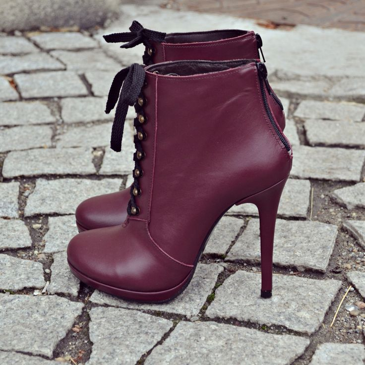 #fallwinter #collection #the5thelementshoes #rosettishowroom #marsala #rockthiscity #ankle #boots