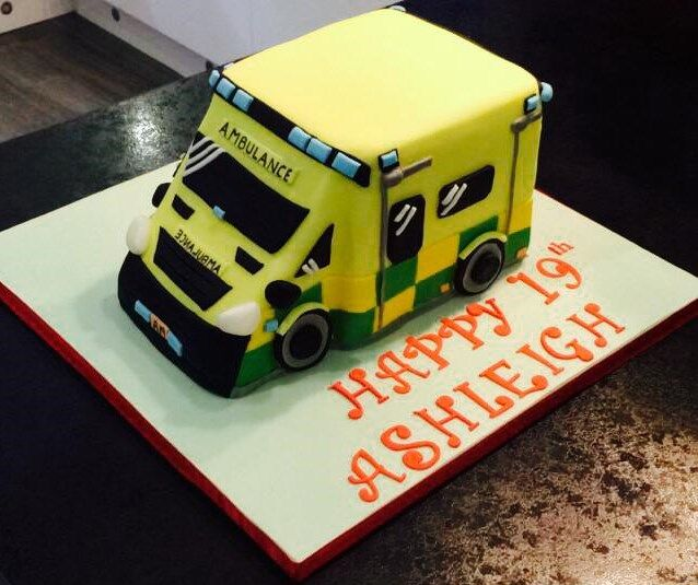 Ambulance Cake I made this for Ashleigh who was due to start her paramedic training