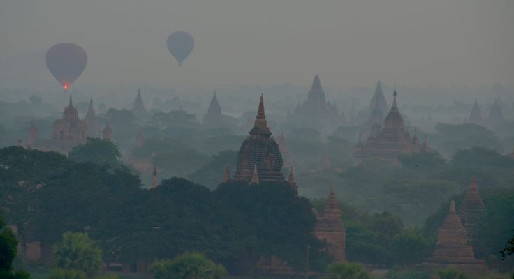 2014 - Sunrise at Bagan - Myanmar ( Burma )