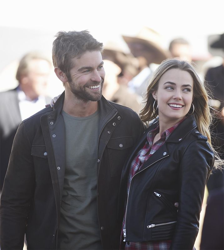 Current boyfriend and girlfriend couple: Chace Crawford and Rebecca Rittenhouse
