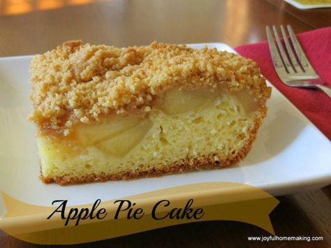 Scrumptious and easy Apple Pie Cake from joyfulhomemaking.com uses vanilla cake mix and canned apple pie filling so super easy! #applepie#applecake