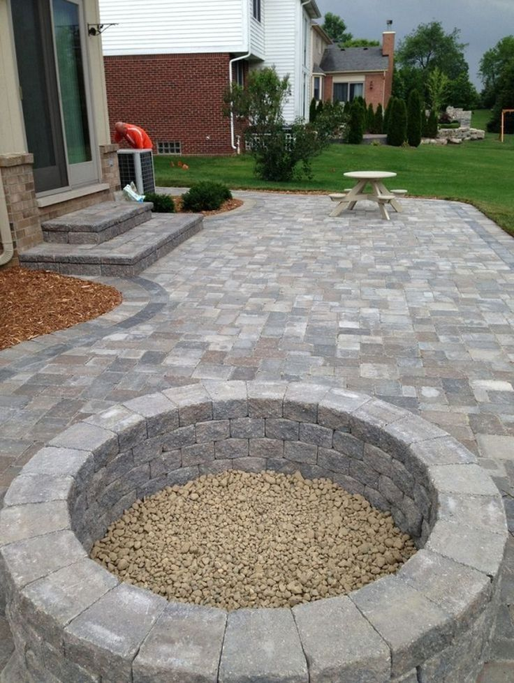 Best 25 pavers patio ideas on pinterest backyard pavers for Paver patio ideas pictures