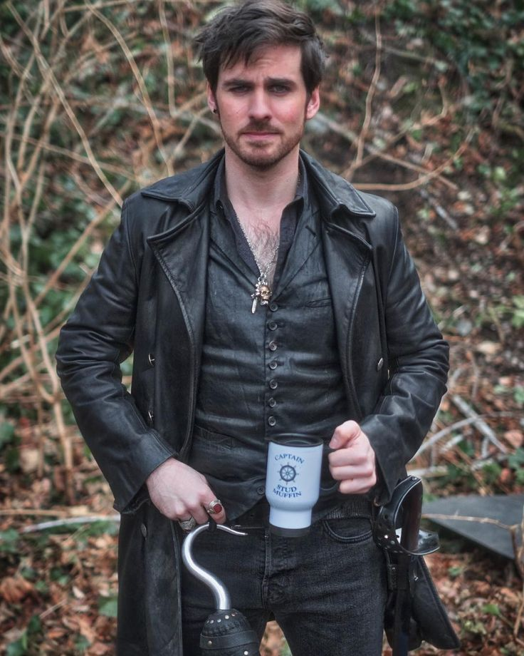 """That's a wrap on Season 6!! @onceabcofficial #hookers Photo Credit @vfxsup"" - Colin via Instagram."