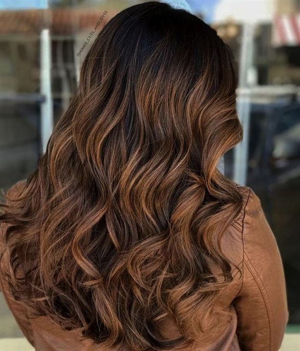 7 Golden Brown And Caramel Balayage Not Feeling One Solid Color You Can Easily Mix Up Y Fall Hair Color For Brunettes Brunette Hair Color Hair Color Caramel