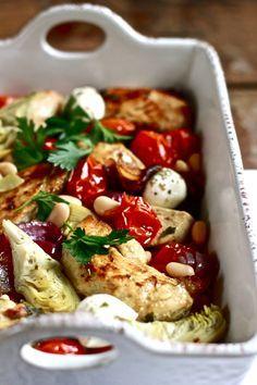 Mediterranean Baked Chicken Recipe ~ A simple baked chicken dish packed with Mediterranean flavors