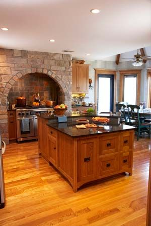 I love the rock arch over the stove.Beautiful Kitchens, Dreams Housekitchen, Neat Things, Kitchens Plans, Dreams House Kitchens, Rustic Kitchens, Kitchens Islands, Rocks Arches, Cabinets Doors