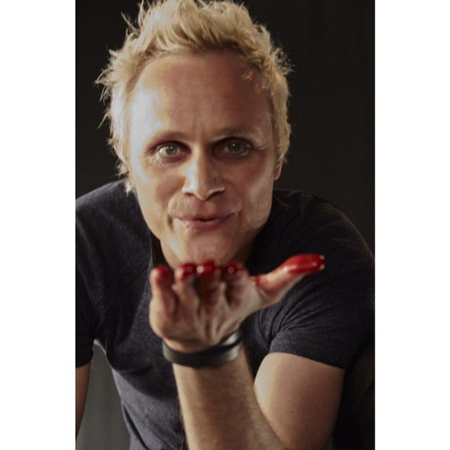 """Polubienia: 2,078, komentarze: 52 – iZombie (@thecwizombie) na Instagramie: """"@questionanders thanks you for watching #iZombie this season. If you missed the finale, you can…"""""""