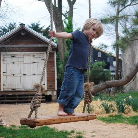 Olde-Fashioned Tree Swing by Peg and Awl