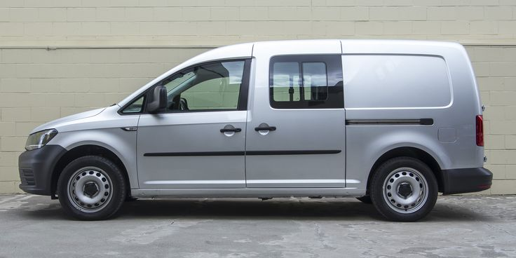 2016 Volkswagen Caddy Maxi Crewvan TSI220 Review - Photos | CarAdvice