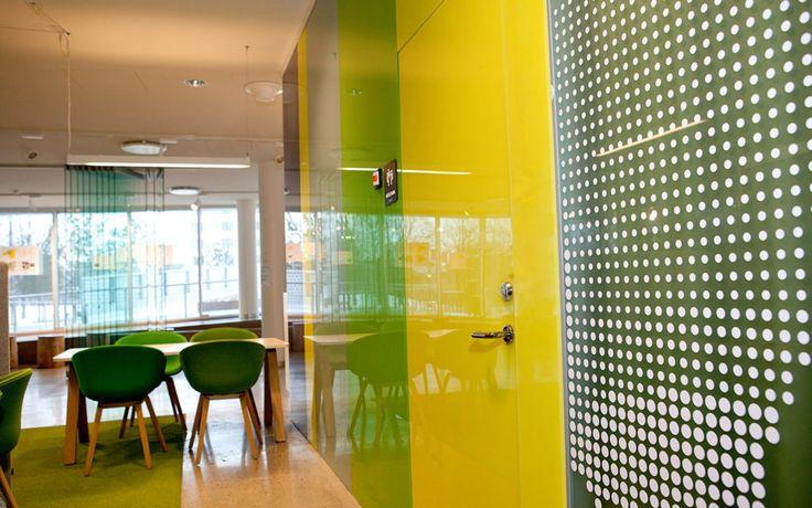 FLEX FRAMELESS DESIGN En portallösning med krav på ljud, brand och modern design.