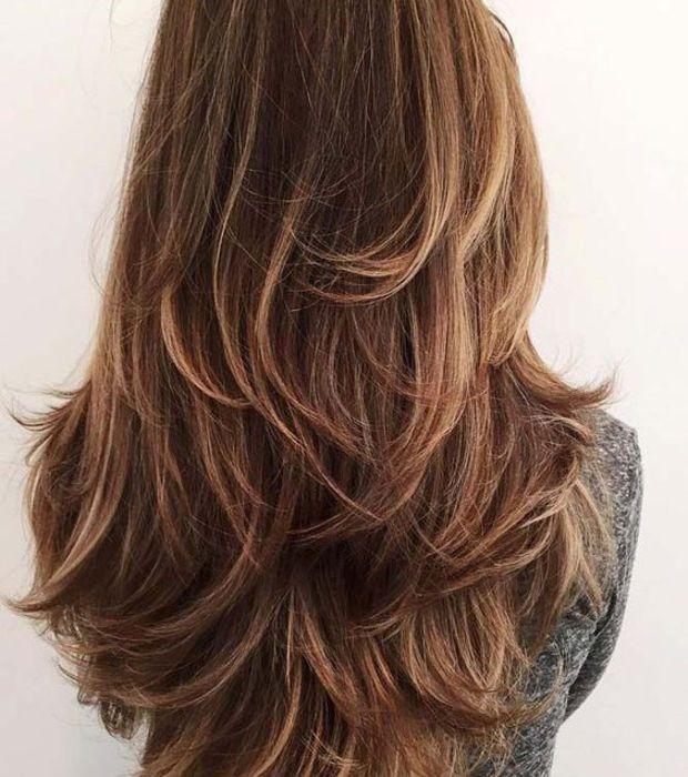 Coupe pour cheveux fins: les cheveux longs dégradés