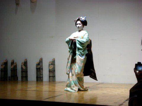 Японские гейши и майко (видео)