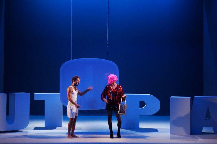 http://corrierespettacolo.it/aristofane-utopia-giovani-attori-per-giovani-spettatori/