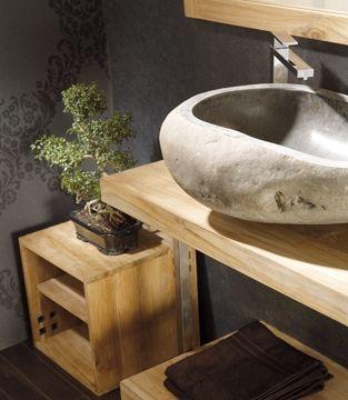 Vasque en pierre naturelle. Retrouvez ces produits sur notre site web.