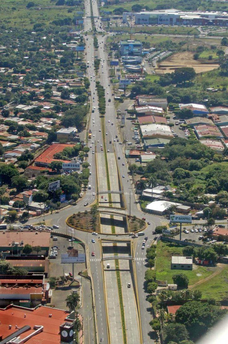 Rotonda en Managua | Nicaragua - SkyscraperCity