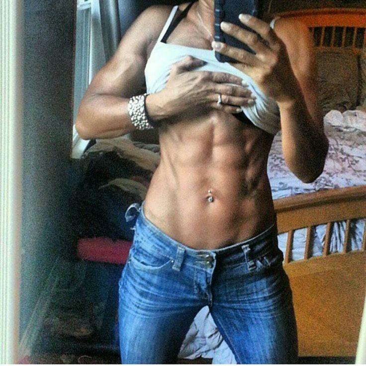 Mature muscle women pictures — Ripped over 40 | Sexy Abs ...