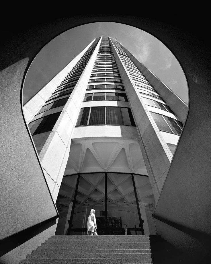 Australia Square Tower, Sydney, 1961-67 Harry Seidler Associates © Max Dupain