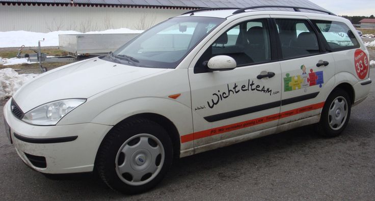 FORD FOCUS TURNIER 1,8 DI Ambiente Kombi Diesel Bj. 2001 KW 55 Defekt an BASTLER