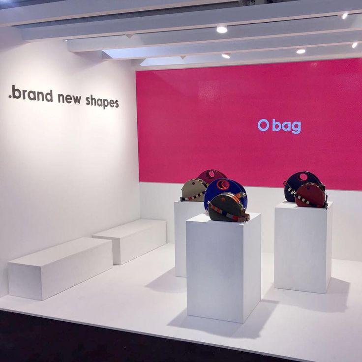 #Obag è a @pittimmagine per presentare in anteprima la sua nuova #handbag! Ti aspettiamo fino al 13 gennaio a Firenze! Sala della Guardia - stand 29 #pittiuomo #pu91 #pittipeople #pittidanceoff  www.Obag.com.co