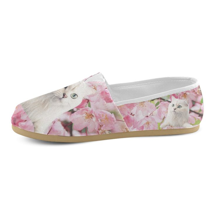 Cat and Flowers Women's Causal Canvas Shoes. FREE Shipping. FREE Returns. #artsadd #sneakers #cats