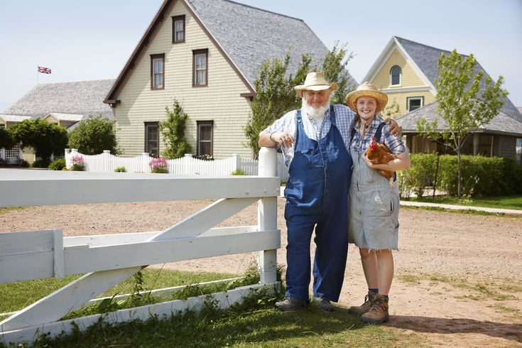 Avonlea Village: Located in the Cavendish area, about 35 minutes outside of Charlottetown, the interactive village (named after Anne of Green Gables' hometown) offers visitors the chance to step back in time to 1908 and relive some pages of Lucy Maud Montgomery's classic novel.