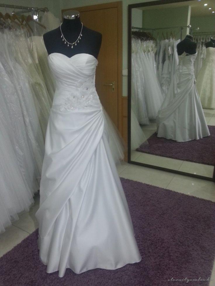 Zoé menyasszonyi ruhánk