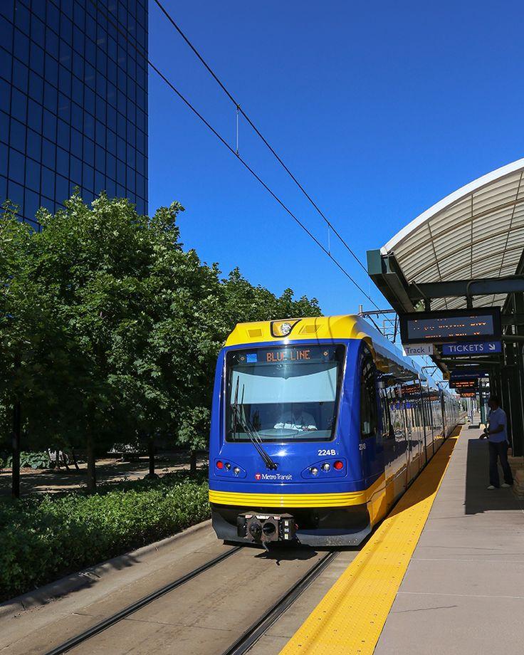 Best 10 Light Rail Ideas On Pinterest: The 25+ Best Blue Line Bus Ideas On Pinterest