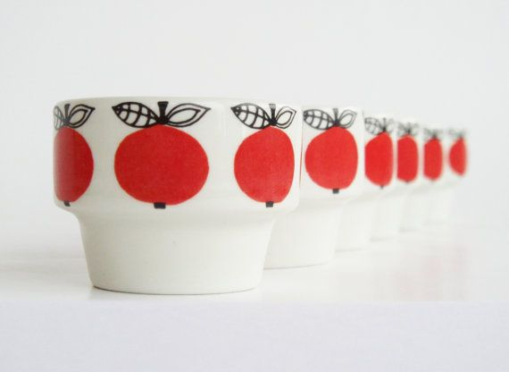 Very rare Arabia of Finland 6 egg cups Marja Kirsikka Esteri Tomula design seventies vintage retro pottery scandinavian red