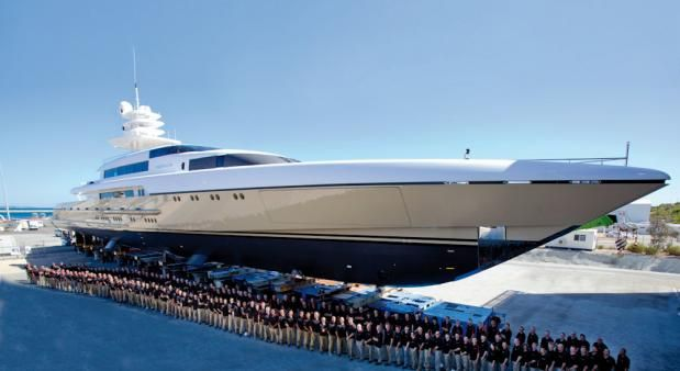 Feadship Drizzle on seatrials in Holland