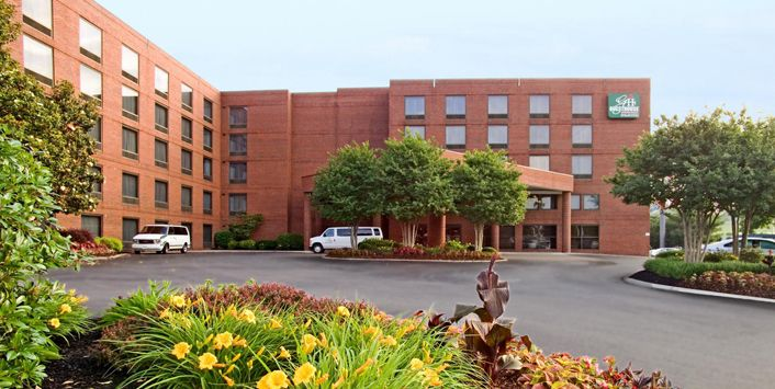 GuestHouse Inn & Suites Nashville Music Valley Tennessee #Travel #Hotels