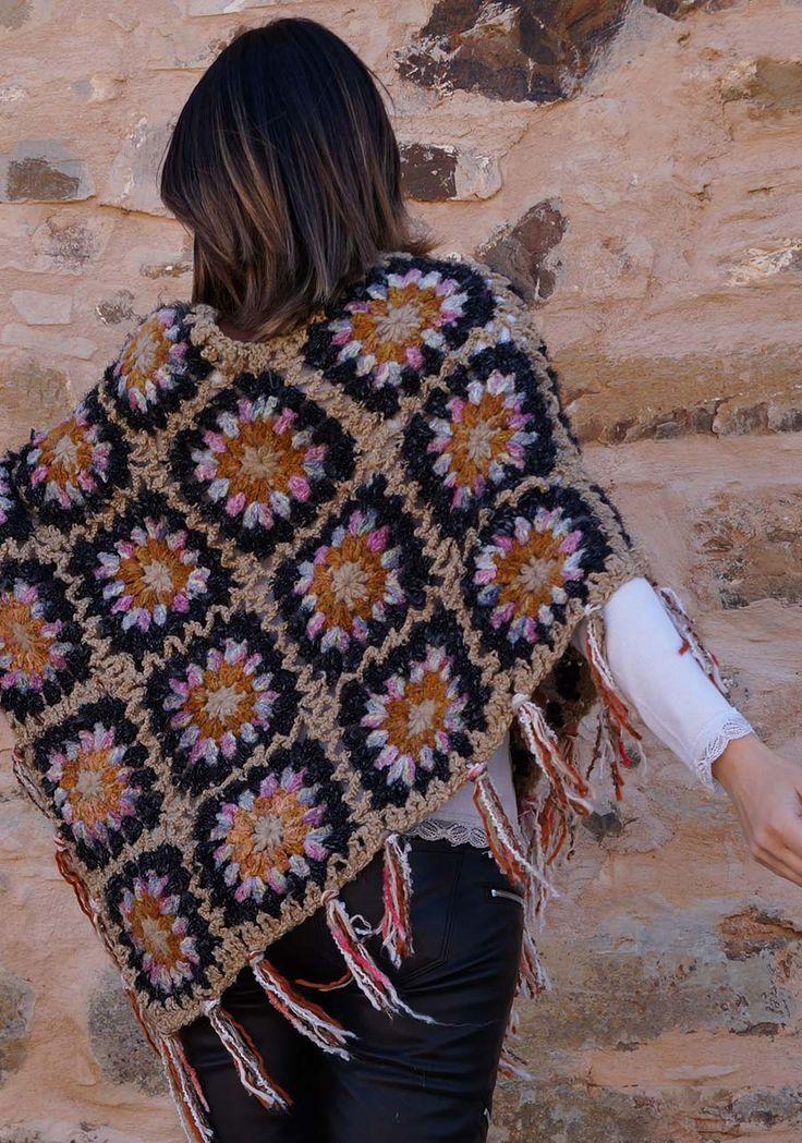 Crochet - Poncho                                                                                                                                                                                 Más