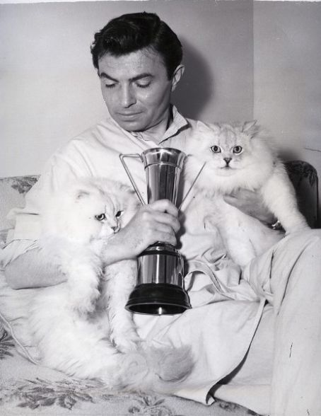 ACTORS and their ANIMALS: James Mason and his wife were a warm home and proud parents to several cats throughout the years. They even wrote a book on their feline encounters and experiences.