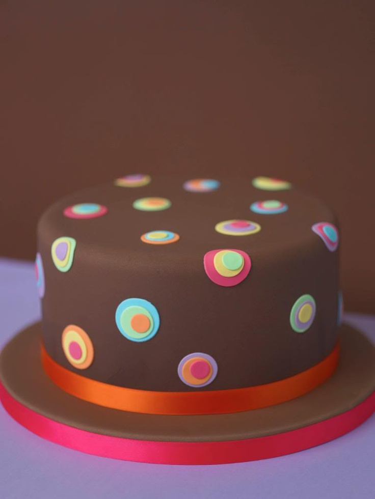 Cake Decorating Dots : 25+ best Polka dot cupcakes ideas on Pinterest Fondant ...
