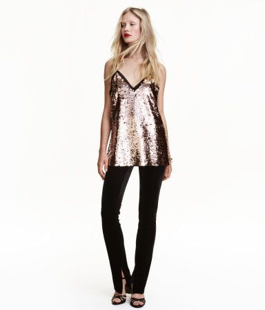 velvet-pants by h&m. #fashion #newtrend #gorgeous #outfit #stylish #shoptagr
