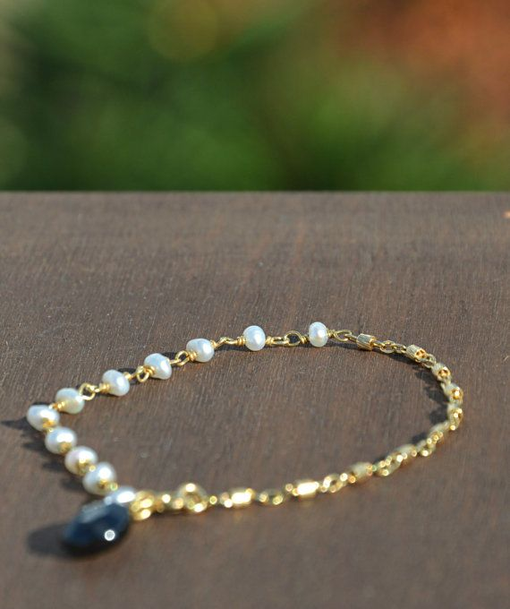Hand made beads and chain bracelet 925 sterling silver gold plated chain,clasp and wire used made with pearl stone beads and black spinel briolette bead, pearl bracelet, black spinel bracelet, charm bracelet, gold bracelet, black and white bracelet