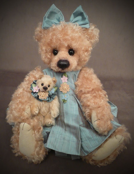 Teddy Bear by Rosalie Frischmann - Mill Creek Creations
