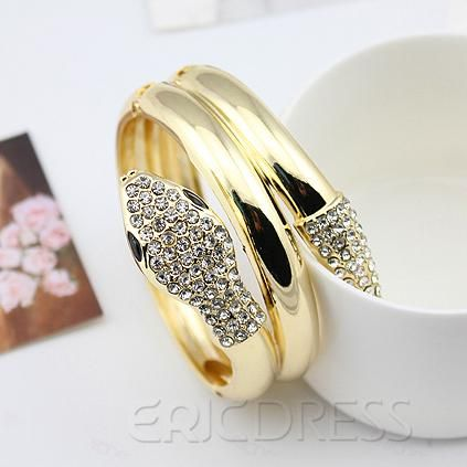 Chic Snake Shaped Gold Plated Lady Bracelet.