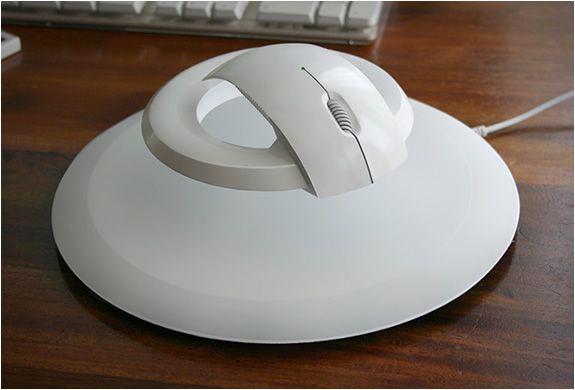 BAT | LEVITATING WIRELESS COMPUTER MOUSE
