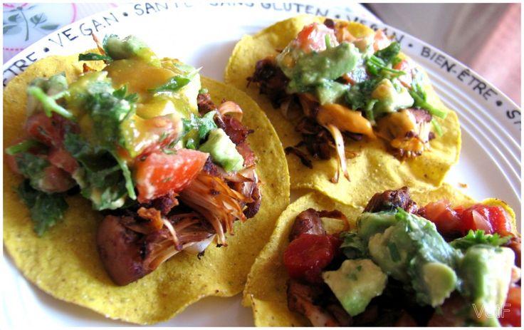 Tacos à l'effiloché végétalien - vert et fruité avec le fruit du jacquier en conserve (bluffant)