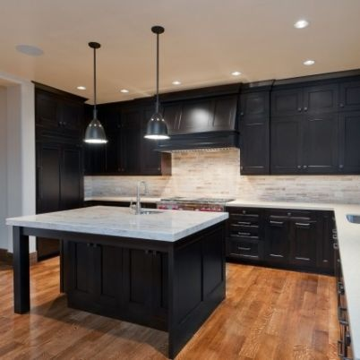 Kitchen built by Cameo Homes Inc. in Jeremy Ranch, Utah