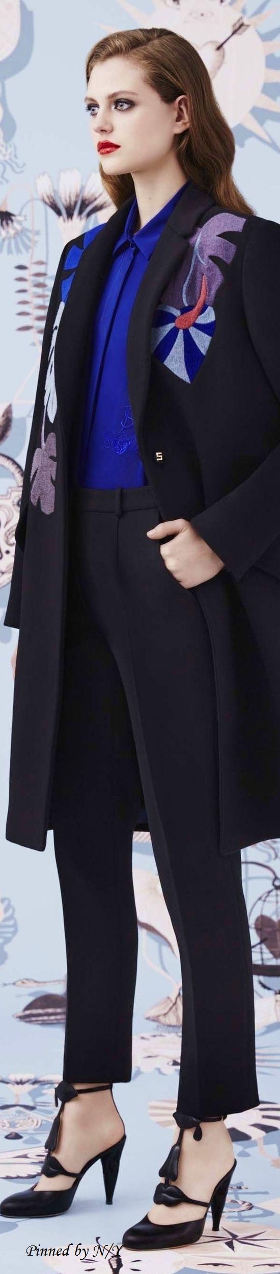 Schiaparelli Fall 2016 RTW Couture