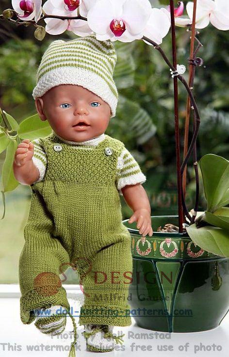 Gestrickte Puppenkleidung, schöne Kleidung für jeden Tag in grün und weiß für m