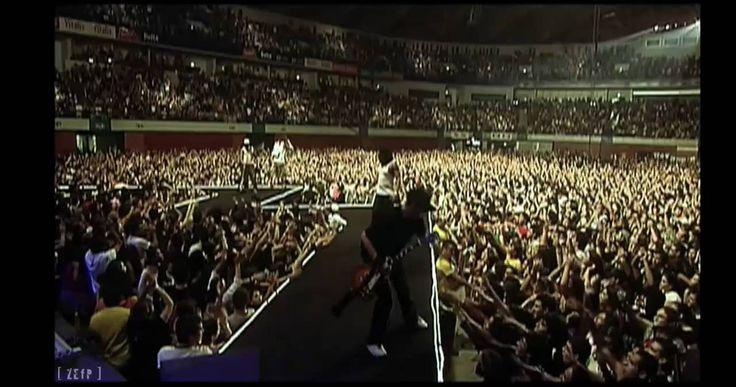 Da Weasel - 'Tás na boa  Live at the pavillion Atlantico in Lisboa, 2007. I was there!!