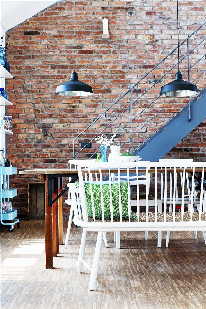 foorni.pl | Mieszkanie z recyklingu, ceglana ściana