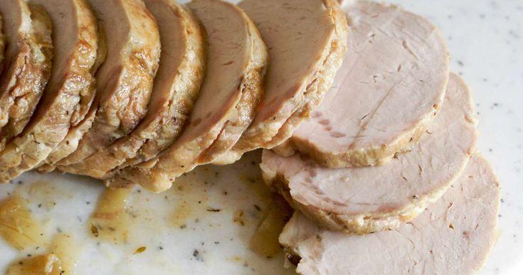 Rôti de porc cuit sous-vide à basse température. Une cuisson maîtrisée pour une viande fondante et goûteuse.. La recette par Chef Simon.