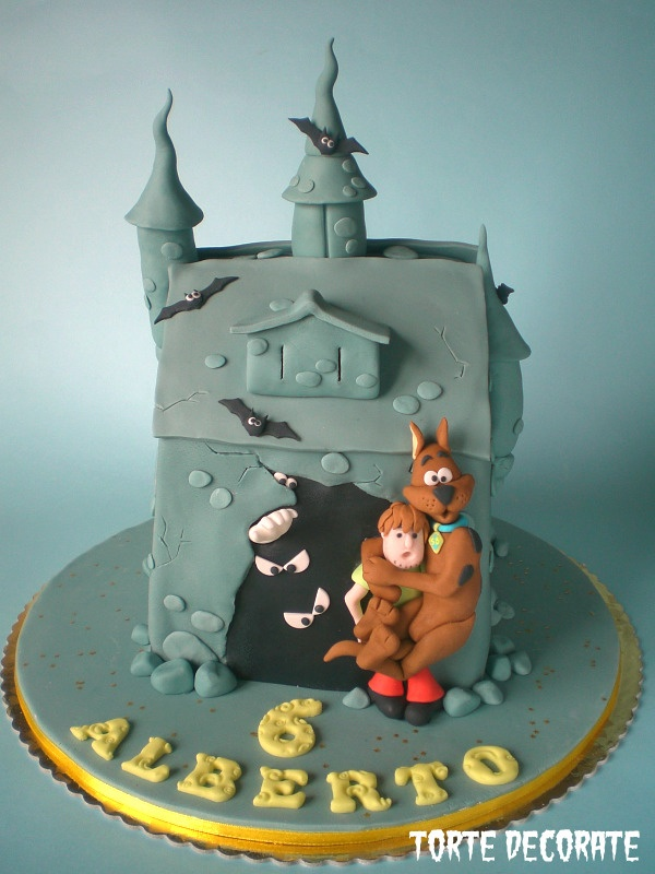 haunted mansion scooby doo cake would be great for halloween - Scooby Doo Halloween Decorations